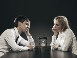 Study-Fear-Of-Eternal-Loneliness-Makes-Single-People-Settle-For-Crappy-Relationships